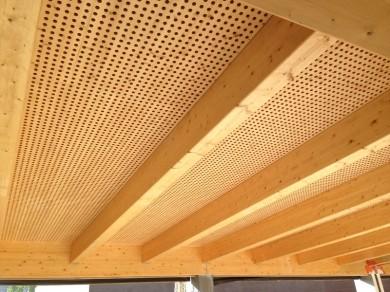 Plafond bois 3-plis massifs épicéa M1 perforation acoustique